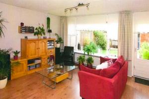 Bekijk woning te huur in Zutphen Janneke van der Plaatstraat, € 865, 100m2 - 392012. Geïnteresseerd? Bekijk dan deze woning en laat een bericht achter!