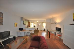 Bekijk woning te huur in Breda Wilhelminasingel, € 895, 121m2 - 299837. Geïnteresseerd? Bekijk dan deze woning en laat een bericht achter!