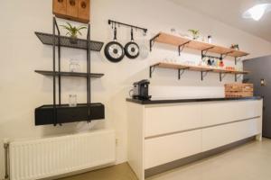 Bekijk appartement te huur in Amsterdam Tolstraat, € 2300, 88m2 - 380065. Geïnteresseerd? Bekijk dan deze appartement en laat een bericht achter!