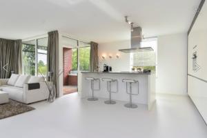 Bekijk appartement te huur in Den Haag Thorbeckelaan, € 1950, 115m2 - 376728. Geïnteresseerd? Bekijk dan deze appartement en laat een bericht achter!