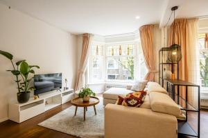 Bekijk appartement te huur in Amsterdam Jasonstraat, € 1850, 73m2 - 377688. Geïnteresseerd? Bekijk dan deze appartement en laat een bericht achter!