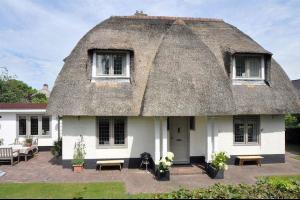 Bekijk woning te huur in Blaricum Kruislaan, € 3000, 133m2 - 314994. Geïnteresseerd? Bekijk dan deze woning en laat een bericht achter!