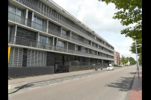 Bekijk appartement te huur in Amstelveen Stadstuinen, € 2350, 100m2 - 319708. Geïnteresseerd? Bekijk dan deze appartement en laat een bericht achter!