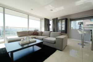 Bekijk appartement te huur in Rotterdam Jufferstraat, € 1778, 62m2 - 305302. Geïnteresseerd? Bekijk dan deze appartement en laat een bericht achter!