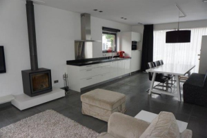 View house for rent in Ede Schaapsweg, € 1395, 200m2 - 374195. Interested? check out this house and leave a message!