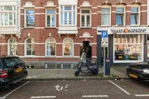 Bekijk appartement te huur in Amsterdam Jacob van Lennepkade, € 2500, 100m2 - 372596. Geïnteresseerd? Bekijk dan deze appartement en laat een bericht achter!