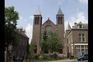 Bekijk appartement te huur in Arnhem Van Slichtenhorststraat, € 840, 80m2 - 307449. Geïnteresseerd? Bekijk dan deze appartement en laat een bericht achter!