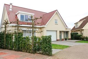 Bekijk woning te huur in Den Bosch Duitlaan, € 2850, 350m2 - 373932. Geïnteresseerd? Bekijk dan deze woning en laat een bericht achter!