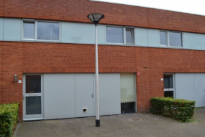 View house for rent in Tilburg Rector Coppenserf, € 1000, 90m2 - 374001. Interested? check out this house and leave a message!