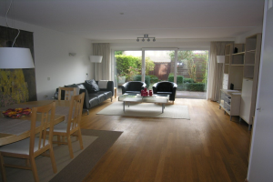 View house for rent in Amstelveen Bakboord, € 2250, 130m2 - 384119. Interested? check out this house and leave a message!