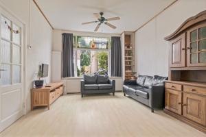 Bekijk woning te huur in Hilversum Diamantstraat, € 1650, 127m2 - 371006. Geïnteresseerd? Bekijk dan deze woning en laat een bericht achter!