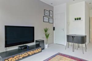 Bekijk appartement te huur in Rotterdam N. Binnenweg, € 1295, 56m2 - 356978. Geïnteresseerd? Bekijk dan deze appartement en laat een bericht achter!