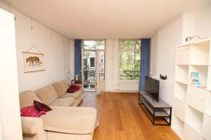 Bekijk appartement te huur in Amsterdam Bankastraat, € 1750, 80m2 - 387992. Geïnteresseerd? Bekijk dan deze appartement en laat een bericht achter!