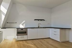 Bekijk appartement te huur in Den Haag Renbaanstraat, € 1500, 91m2 - 376296. Geïnteresseerd? Bekijk dan deze appartement en laat een bericht achter!