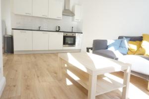Bekijk appartement te huur in Den Haag Edisonstraat, € 1000, 34m2 - 388046. Geïnteresseerd? Bekijk dan deze appartement en laat een bericht achter!