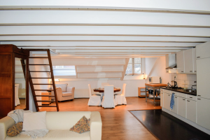 View apartment for rent in Amsterdam Sarphatistraat, € 1450, 91m2 - 382676. Interested? check out this apartment and leave a message!