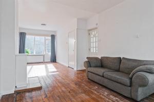 For rent: House Dorpsweg, Rotterdam - 1