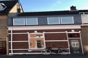 View house for rent in Breda G. Maczekstraat, € 1350, 75m2 - 352748. Interested? check out this house and leave a message!