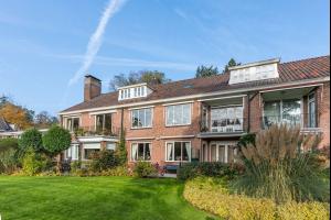 Bekijk appartement te huur in Hilversum Rossinilaan, € 1850, 140m2 - 332161. Geïnteresseerd? Bekijk dan deze appartement en laat een bericht achter!