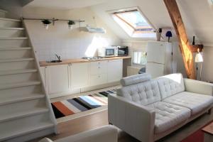 Bekijk appartement te huur in Den Haag Balistraat, € 1295, 90m2 - 372150. Geïnteresseerd? Bekijk dan deze appartement en laat een bericht achter!