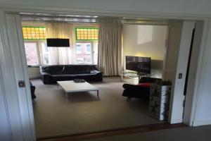 Bekijk appartement te huur in Maastricht J. Hollmanstraat: Sfeervolle en ruime bovenwoning - € 925, 100m2 - 358602