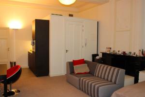 Bekijk studio te huur in Maastricht Kleine Gracht, € 200, 35m2 - 392851. Geïnteresseerd? Bekijk dan deze studio en laat een bericht achter!