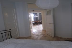 Bekijk appartement te huur in Amsterdam Schippersstraat, € 1750, 50m2 - 380869. Geïnteresseerd? Bekijk dan deze appartement en laat een bericht achter!