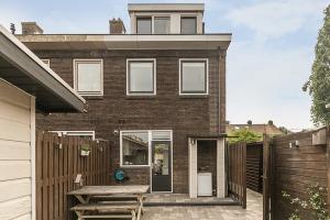 Bekijk woning te huur in Amsterdam Nieuwe Zonneweg, € 1690, 94m2 - 326799. Geïnteresseerd? Bekijk dan deze woning en laat een bericht achter!
