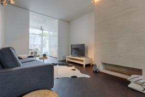 Bekijk appartement te huur in Den Haag Van Lansbergestraat, € 1490, 77m2 - 368232. Geïnteresseerd? Bekijk dan deze appartement en laat een bericht achter!