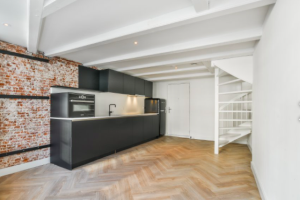 Bekijk appartement te huur in Amsterdam Reguliersdwarsstraat, € 1750, 75m2 - 393152. Geïnteresseerd? Bekijk dan deze appartement en laat een bericht achter!