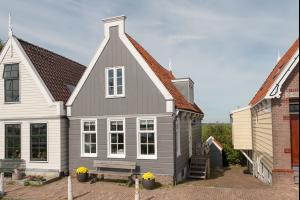 Bekijk woning te huur in Amsterdam Durgerdammerdijk, € 2750, 185m2 - 281397. Geïnteresseerd? Bekijk dan deze woning en laat een bericht achter!