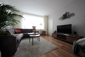 View house for rent in Leeuwarden Schilkampen, € 850, 85m2 - 377232. Interested? check out this house and leave a message!