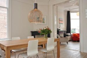 Bekijk appartement te huur in Utrecht Hugo de Grootstraat, € 1995, 122m2 - 378253. Geïnteresseerd? Bekijk dan deze appartement en laat een bericht achter!