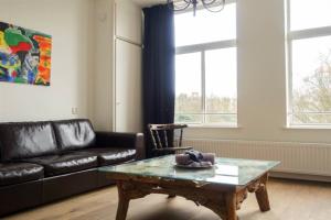 Bekijk appartement te huur in Amsterdam Hugo de Grootkade, € 1725, 55m2 - 357834. Geïnteresseerd? Bekijk dan deze appartement en laat een bericht achter!