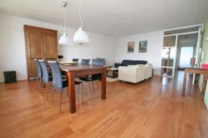 Bekijk appartement te huur in Amsterdam Venetiehof, € 1650, 90m2 - 365777. Geïnteresseerd? Bekijk dan deze appartement en laat een bericht achter!
