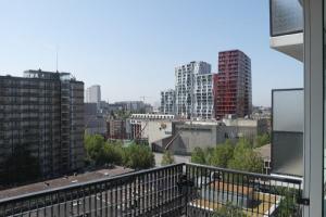 Bekijk appartement te huur in Rotterdam Karel Doormanstraat, € 1100, 90m2 - 348293. Geïnteresseerd? Bekijk dan deze appartement en laat een bericht achter!