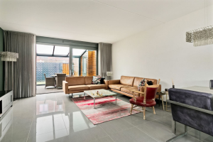 View house for rent in Eindhoven Grasdreef, € 1495, 122m2 - 388586. Interested? check out this house and leave a message!