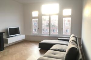 Bekijk appartement te huur in Amsterdam Emmastraat, € 2750, 80m2 - 381899. Geïnteresseerd? Bekijk dan deze appartement en laat een bericht achter!