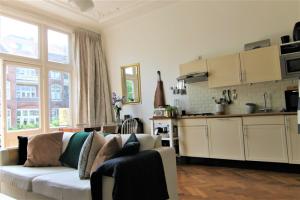Bekijk appartement te huur in Utrecht Ramstraat, € 1325, 50m2 - 394013. Geïnteresseerd? Bekijk dan deze appartement en laat een bericht achter!