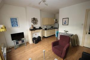 Bekijk appartement te huur in Groningen Nieuweweg, € 958, 34m2 - 383624. Geïnteresseerd? Bekijk dan deze appartement en laat een bericht achter!