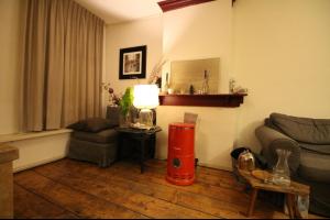 Bekijk appartement te huur in Amsterdam Albert Cuypstraat: 1 slaapkamer appartement in hartje Pijp - € 1400, 50m2 - 333242