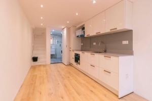Bekijk appartement te huur in Den Haag Arnold Spoelplein, € 1000, 45m2 - 381692. Geïnteresseerd? Bekijk dan deze appartement en laat een bericht achter!
