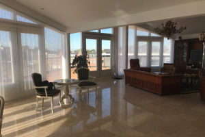 Bekijk appartement te huur in Landsmeer Zuideinde, € 2975, 151m2 - 351910. Geïnteresseerd? Bekijk dan deze appartement en laat een bericht achter!