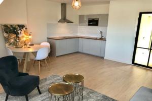 Bekijk appartement te huur in Den Haag Weissenbruchstraat, € 1250, 65m2 - 394321. Geïnteresseerd? Bekijk dan deze appartement en laat een bericht achter!