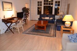 Bekijk appartement te huur in Den Haag Frederik Hendriklaan, € 1700, 117m2 - 368969. Geïnteresseerd? Bekijk dan deze appartement en laat een bericht achter!