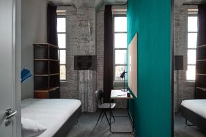 Bekijk kamer te huur in Maastricht Sphinxcour: Volledig ingerichte kamer met eigen badkamer - € 739, 16m2 - 343349