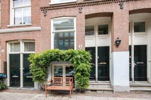 Bekijk appartement te huur in Amsterdam Saenredamstraat, € 1750, 45m2 - 355233. Geïnteresseerd? Bekijk dan deze appartement en laat een bericht achter!