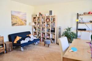 Bekijk appartement te huur in Den Haag P. Mauritslaan, € 1495, 115m2 - 364305. Geïnteresseerd? Bekijk dan deze appartement en laat een bericht achter!