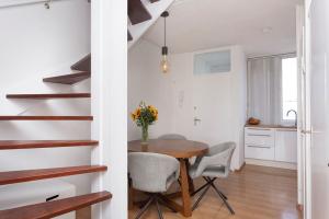 Te huur: Appartement Pieter Calandlaan, Amsterdam - 1