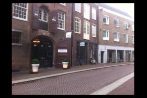Bekijk studio te huur in Den Bosch Karrenstraat, € 675, 24m2 - 291050. Geïnteresseerd? Bekijk dan deze studio en laat een bericht achter!